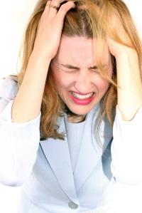 4-Hal-Penyebab-Sakit-Migrain2